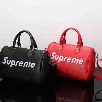 LV Louis Vuitton X Supreme Trending Women MenLeather Luggage Travel Bags Tote Handbag I