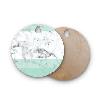 "KESS Original ""Mint Marble Fade"" White Green Round Wooden Cutting Board"