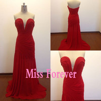 sexy evening dress,off the shoulder party gowns,red prom dress,pleated formal evening dress,plus size
