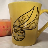 Harry Potter snitch mug, Harry Potter Quidditch witches fetch snitches hogwarts