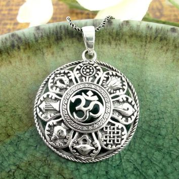 Rich Eight Petal Lotus Yantra With Om Necklace