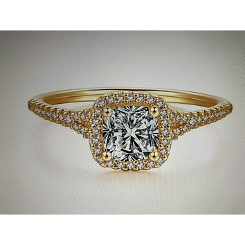 A Perfect 18K Yellow Gold 1CT Cushion Cut Halo Russian Lab Diamond Engagement Ring
