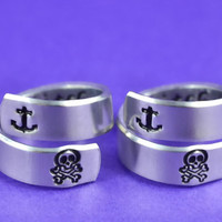best bitches - Spiral Rings Set, Anchor & Skull Version, Hand Stamped Aluminum Rings, Friendship Rings, BFF Gift