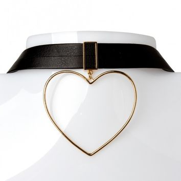 Bold Heart Choker Discover the latest fashion trends online at storets.com