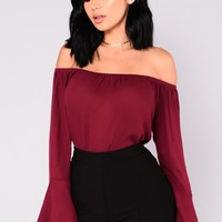 Antoinette Bell Sleeve Top - Burgundy