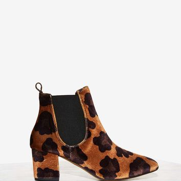Spot in Mind Velvet Ankle Boot