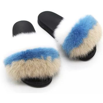 Mix it fox fur slides