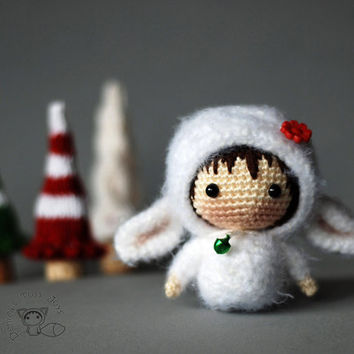 White Sheep Doll  - pdf crochet pattern. Tanoshi series toy.