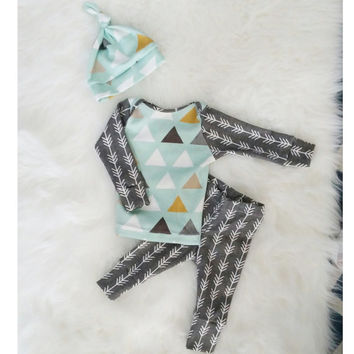 baby outfit, newborn outfit, baby boy outfit, organic clothing, organic outfit