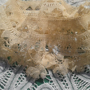 Antique 1900's Bobbin Lace Collar Trim  Handmade French Beige Cotton Lace Victorian Collar Trim  Sewing Piece