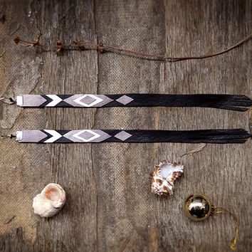 Geometric Leather Earrings, long earrings, geometric jewelry, white grey and black, natural leather jewelry, tribal jewelry, chevron