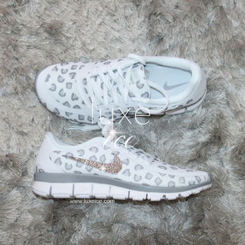 the best attitude 6e4fa e6654 NEW print NIKE run free 5.0 v4 shoes w Swarovski Crystals leopard  White Wolf Grey Pure