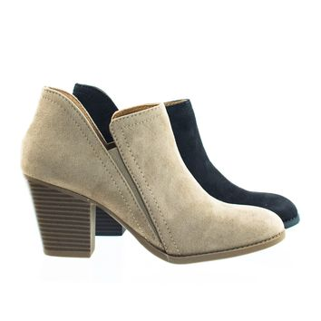 Coin Chelsea Ankle Bootie w Spllit Side Cutout Ovening w Chunky Block Heel