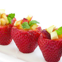 Strawberry Fruit Cups in Recipes for babies, children and adults parties, such as birthdays, celebrations, anniversaries or dinners