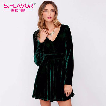 2017 Spring fashion vintage Sexy Velvet Dress V-neck Long-sleeve Fit and Flare Mini Dress good quality solid color vestidos