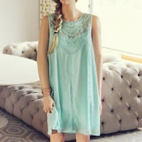 Lace Gypsy Dress in Sage