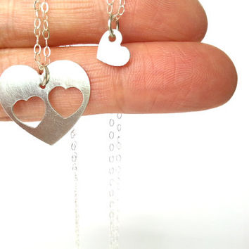 Mother two daughters necklace set, Inspirational jewelry, Simple delicate, Sterling silver, Love jewelry, Mommy jewelry, Heart jewelry set