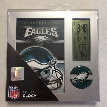 BRAND NEW PHILADELPHIA EAGLES DESK CLOCK SHIPPING