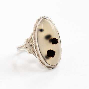 Vintage Sterling Silver Black & White Moss Agate Ring - 1940s Size 8 Clear, Dark Dotted Stone with Flower Setting Jewelry