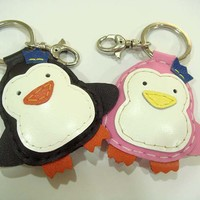 Penguin Groom And Bride Leather Cha.. on Luulla