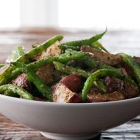 Spicy Green Beans with Potatoes-Horchow