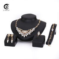 Crystal Jewelry Set Band 18K Gold Plated Fashion Party Wedding Bridal Rhinestone Necklace Earring Sets Bangle Ring Accessories