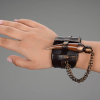 Leather Massive Bracelet with Cow Horn