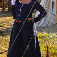 Medieval Working Under Dress- Cotte Simple XIV-XV century, fully hand sewing