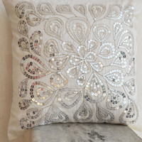 White decorative pillow with silver sequins - Dazzling pillow cover- Cushion cover zipper - Throw pillow - Spring Summer gift - 16X16