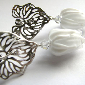 DAY SALE, White Rose Bud Lampwork Earrings, White Gold Heart Filigree Leaf CZ Earrings, Sterling Silver Studs, Unique Bridal Statement