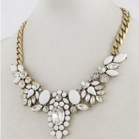 Flower Leaf Cluster Chain Collar Necklace