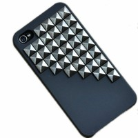 Fashion Silver Pyramid Punk Spikes and Studs Mobile Phone Back Case for iPhone 4/4S Cover