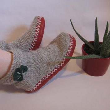Hand Knit Wool Soft Grey Socks Slippers in Natural Wool Color and Red