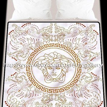 New Versace Logo Art Luxury Design Soft Blanket High Quality 58 x 80 Inch