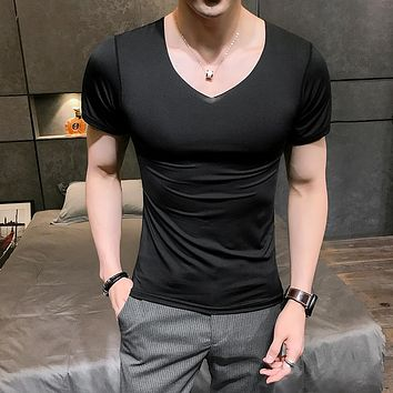HCXY brand 2018 Summer Breathable Sexy Male t shirt Men Solid color Mens V-neck T-shirt Sexy Ice Silk No Trace Slip Thin