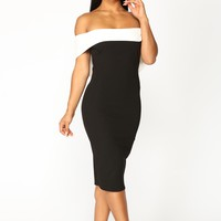 Clarice Off Shoulder Midi Dress - Black/White