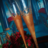 Royal wedding Set of 2 toasting hand painted champagne flutes Crown King Queen wedding Swarovski crystals Gold turquoise color