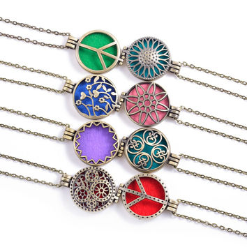 1pcs Antique Bronze Round Vintage Fragrance Essential Oil Aroma Diffuser Necklace For 30mm Colorful Pads Memory Perfume Locket