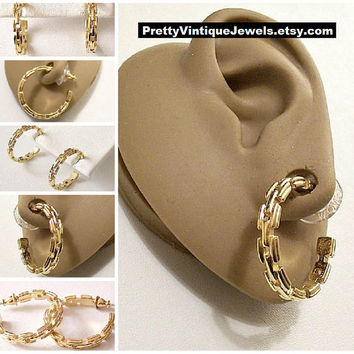 Monet Box Link Hoops Pierced Earrings Gold Tone Vintage Large Round Open End Chain Band Rings
