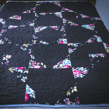 black quilt handmade / twin  quilt , homemade quilts for sale, full quilt , twin bedding , throw quilt, patchwork quilt , lap quilt