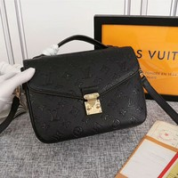 hcxx 2068 Louis Vuitton LV Monogram EM Preinte Pochette Metis Fashion Handbag Black