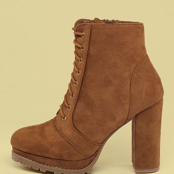 Lace Up Lug Sole Block Heel Hiking Boots