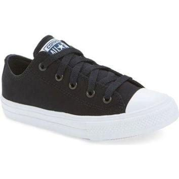 CREYUG7 Converse Chuck Taylor? All Star? II Ox Low Top Sneaker (Walker, Toddler, Little Kid &