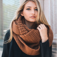 Oversized Chunky Knitted Infinity Scarf