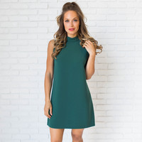 Focused Shift Dress In Hunter Green