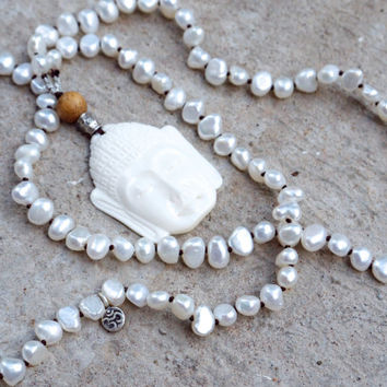 Buddha necklace Buddhist mala beads Spiritual jewellery Sacred white face pendant Carved bone buddha head charm Japa mala Unisex Prayer bead