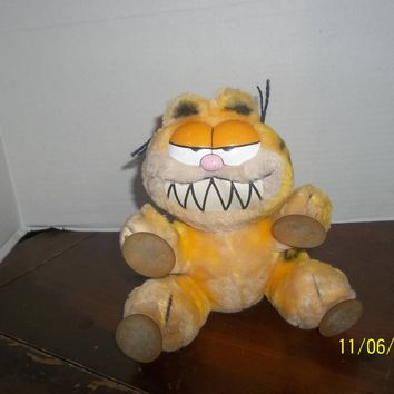 vintage 1981 dakin garfield cat kitty plush with suction cups make my day