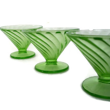 Vintage Depression Glass, Diana Green, Federal Glass, Champagne, Tall Sherbet, Green Swirl, Home Decor, Vintage Kitchen, Set of 3, Footed