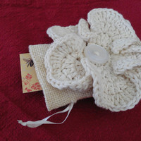Burlap Bag with Rustic Crochet Flower, Small Gift Bag, Gift Card Holder, Business Card Case, Maid of Honor gift, Bridal, Jewelry Pouch