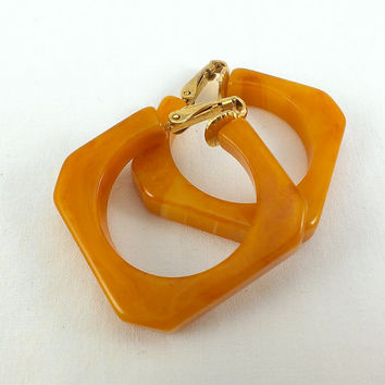 Butterscotch  Bakelite Earrings Orange Faceted Swirl Marbeled Square Geometric Clip 50s Mod Mid Century Gifts for Her Coworker Modern Woman